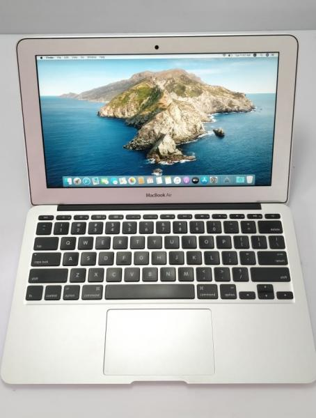 Refurbished Apple Macbook Air i5 processor,  4gb ram, 256gb ssd with 11 inches with warranty