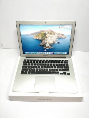 APPLE MACBOOK AIR A 1466 (2017)(INTEL I5/ 8 GB RAM/ 256 GB SSD/ 13.3 INCHES/ USED LAPTOP/ LIKE NEW CONDITION